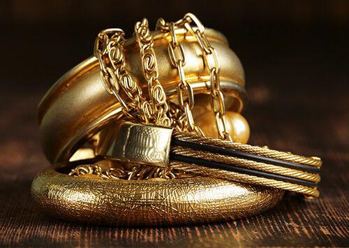 Дорогая скупка золота в Санкт-Петербурге – «Легион золота». Выгодно ... e58629a9744